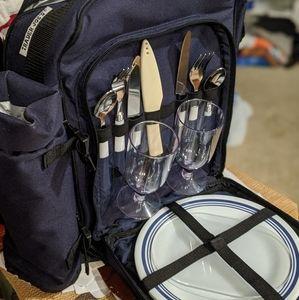 NWOT Trader Joe's Deluxe Wine & Cheese Backpack